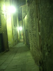 The (back) streets of Cortona.
