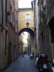 The narrow back streets of Rome